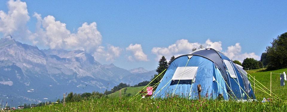 Emplacement pour tente de camping camping bornand for Tente pour piscine